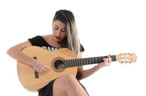 Frau, Sängerin